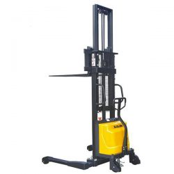 SEMI ELECTRIC STRADDLE STACKER (FOR PALLETS & SKIDS)